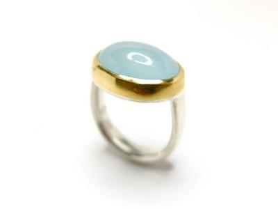 Ring - ovaler Aquamarin in Gold 3
