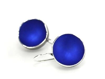 Sabine-Mueller-Becherlinge-Ohr-blau