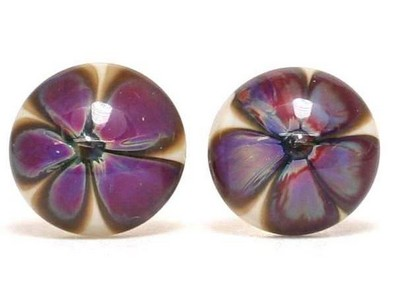 Adina floral glass ear studs Thor Karlsen glass (2)